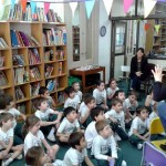 1114_Story-telling in the library
